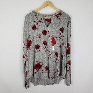 JENNIFER LOPEZ Grey with Red Floral Print Knit Top